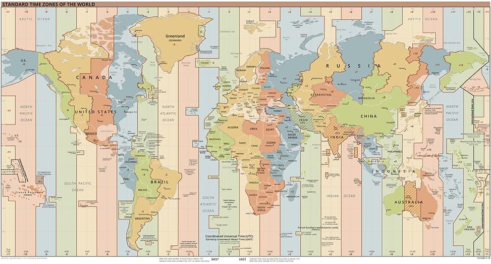 Weltkarte mit Zeitzonen: Zeitverschiebung auf dem Globus / der Weltkugel